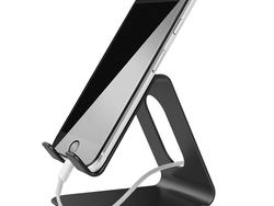 Score a sleek metal phone stand for only $6 thanks to this Amazon deal
