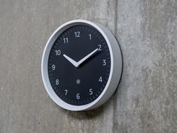 Check your timers easily with the best price on the Amazon Echo Wall Clock