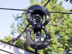 Watch HD broadcasts using the ClearStream 2MAX TV antenna for $70