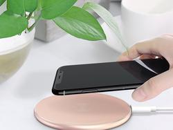 Grab Omoton's slim wireless charging pad while it's on sale for just $5