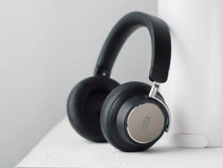 Take $30 off these Taotronics active noise-cancelling Bluetooth headphones