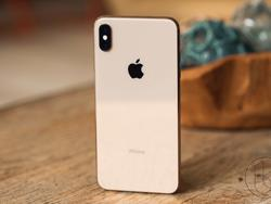 The iPhone XS is the best iPhone you can buy right now