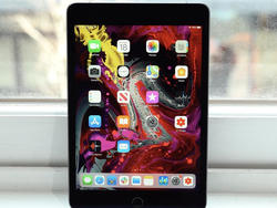Save big with Apple's iPad mini 4 down to just $160 today only