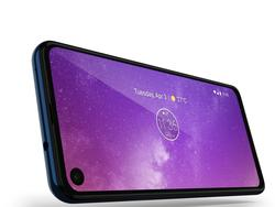 The Motorola One Vision takes a page from Samsung with the punch-hole look