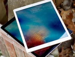 The Apple 12.9-inch 256GB Wi-Fi + Cellular iPad Pro is $380 off right now