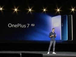 OnePlus 7 Pro announced, challenges Galaxy S10 with stunning design