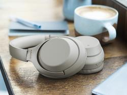 Should you buy the Bose Noise Cancelling Headphones 700 or Sony WH1000XM3?