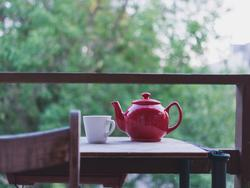 Increase your focus and energy level with tea (and a new teapot)