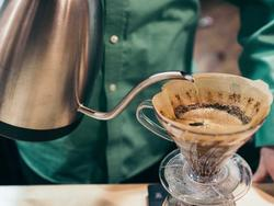 Up your caffeine level with a proper pour over coffee kettle
