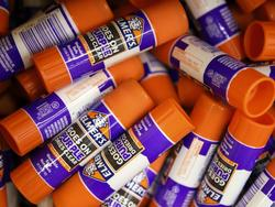 Create beautiful crafts with the best glue sticks in the market