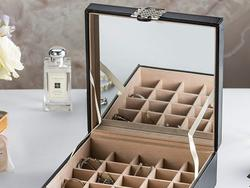 Make sure your jewelry stays in tip-top shape with these jewelry boxes