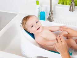 Wash your infant safely with the best baby bathtub