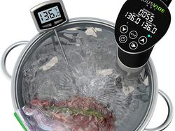 Make a meal with heated water and a sous vide machine