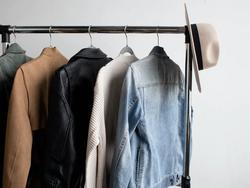 Retain the integrity of your coats with the best coat hanger