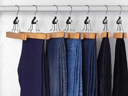 No more unsightly creases all over your pants with these pants hangers