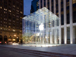 Ex-Apple Store Employees Sue for Overtime Compensation