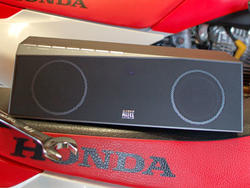 Hands On with the Altec Lansing inMotion Air Boombox