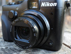 Nikon Coolpix P7100 review: Oodles of Controls is Nothing to Fear (Video)