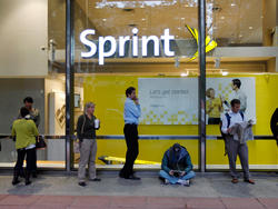 Sprint Customers Flee in Q3 2013, Despite Profitable Quarter