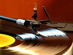 """Amazon Users Can """"AutoRip"""" Old Vinyl and New Record Purchases With Free MP3s"""