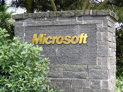Microsoft Vows to Never Read Private Emails