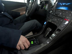 GM to Add Gadget Wireless Charging Feature to Cars in 2014