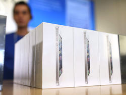 Eligible For an iPhone 5S Upgrade? Here's How To Find Out