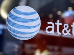 AT&T will block annoying spam calls for everyone by default