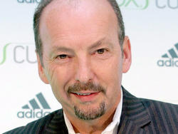 Peter Moore tried to tell Sega it was fading away, but execs didn't believe him