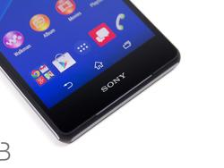 Sony Xperia Z3v First Impressions: A Great Phone Stifled By Lackluster Design