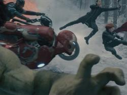 New 'Avengers: Age of Ultron' trailer is blowing my mind right now
