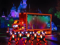 Paint the Night — New Disneyland parade features more than 1.5 million sources of light