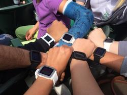 Pebble Time for iPhone goes live at the last possible second