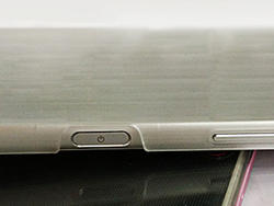 Xperia Z5 leaked dummy photos show the device from all angles