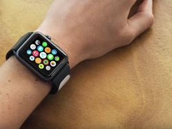 New third-party Apple Watch band offers medical-grade heart monitoring in seconds