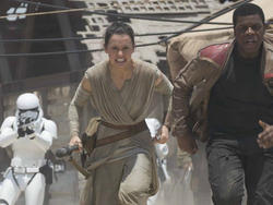 Film Fondue: We know exactly how Star Wars: Episode VIII will begin
