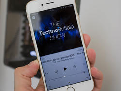 Apple meets with content makers to discuss future of podcasts