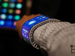"""Samsung exec says foldable phone """"will take time"""""""