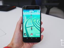 This 3D-printed iPhone case makes Pokémon GO way easier