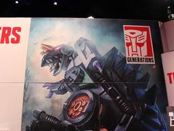 SDCC 2016 - Transformers exclusives bring back the Titans