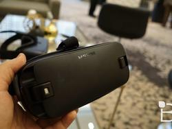 Dev discovers a way to use Gear VR with non-Samsung phones