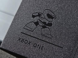 Look at this adorable Master Chief hiding inside the Xbox One S