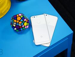 Google Pixel/Pixel XL review: The best of Android with uninspired hardware