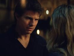 Tom Cruise has super-human powers in The Mummy trailer