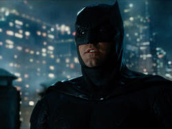 Ben Affleck denies Batman exit, is 'the luckiest guy in the world'