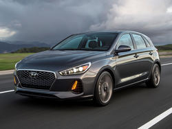 2018 Hyundai Elantra GT to feature a great price to go along with great looks