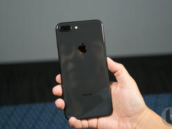 iPhone X Plus won't be so large even with a roomy display