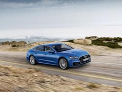 2019 Audi A7 looks like the perfect luxury sedan complete with a hatch