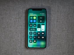 Apple just released iOS 11.2.5 with HomePod support