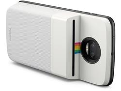 No need to dust off your old Polaroid if you have this Moto Mod